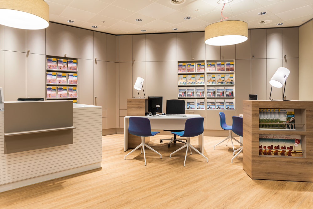 retailkonzept-reisebüro-storekonzept-innenarchitektur-objekt-13-innenarchitekt-02