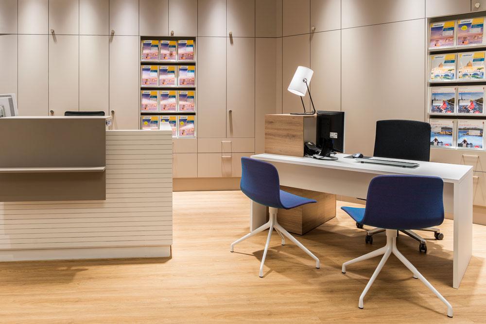 retailkonzept-reisebüro-storekonzept-innenarchitektur-objekt-13-innenarchitekt-03