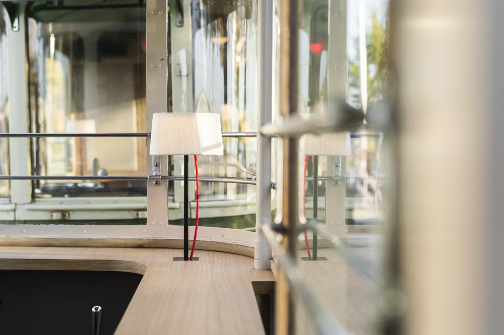 innenarchitekt-objekt-13-Innenarchitektur-umbau-tram-bernmobil-restaurant-gastrokonzept-13